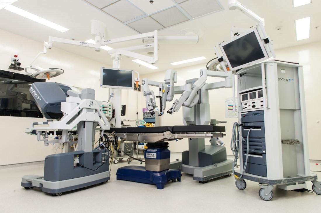 О роботическом хирургическом комплексе «da Vinci»